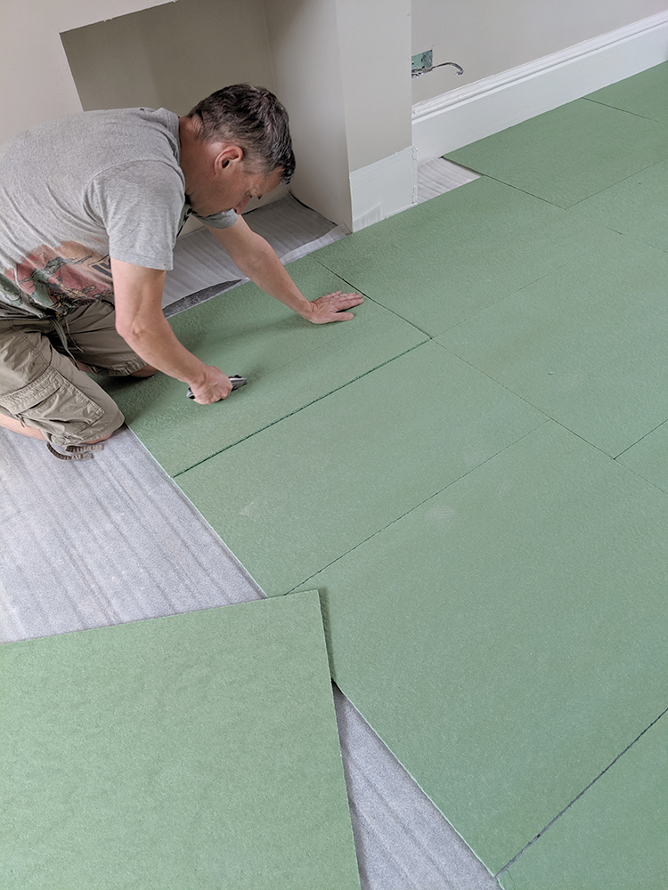 How to lay parquet flooring - laying the underlay